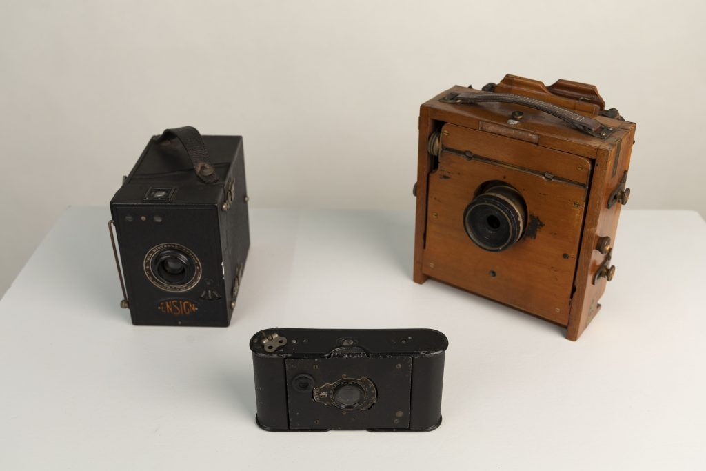 What's Changed? 28. Selection of cameras, 1898-1930